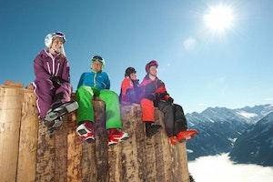 Skistart ins Neue Jahr + Nacht- Rodelkarte gratis