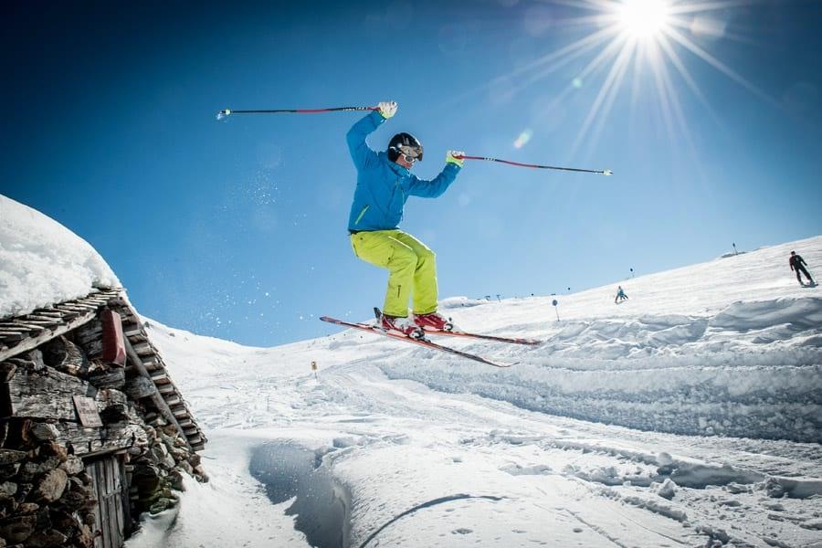 """Skipauschale """"Salzburg Super Ski Card"""" Weihnachten & Februar"""